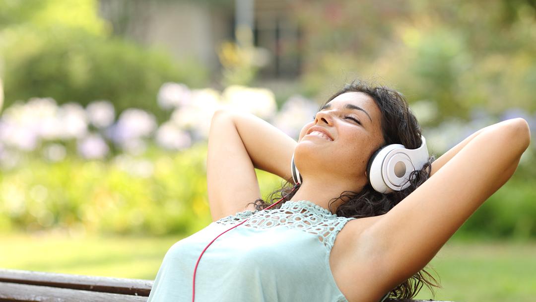 Konzentration und Aufmerksamkeit steigern mit Binauralen Beats
